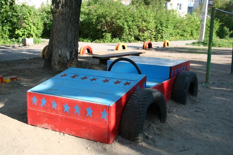 Как сделать машинку из дерева своими руками на детскую площадку